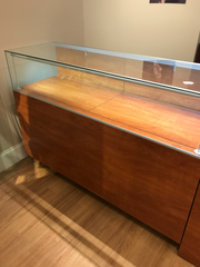 Cherry Finish Jewelry Display Case 5'