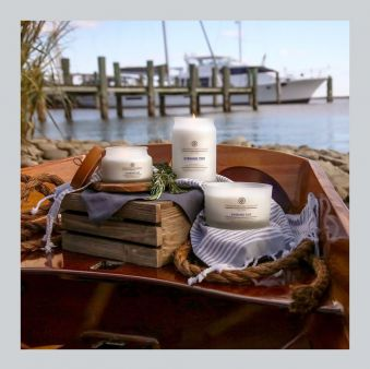 Chesapeake Bay Candle Evening Tide 17 oz