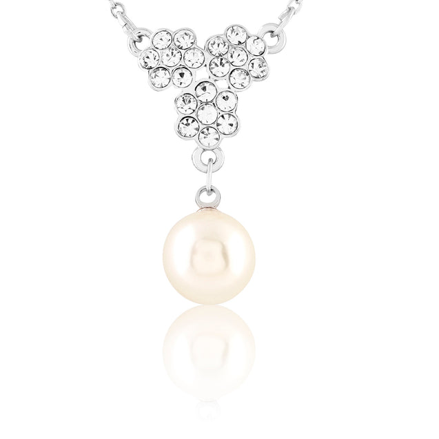 Addic Sparkling Flower Detailed Pearl Silver Pendent & Earring Set for Girls and Women.