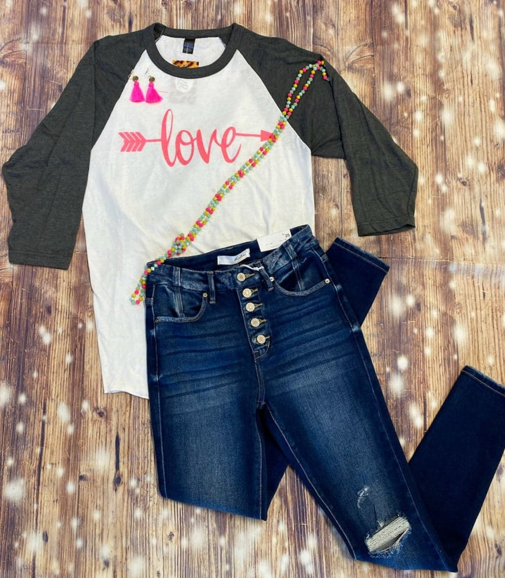 Love Arrow Raglan
