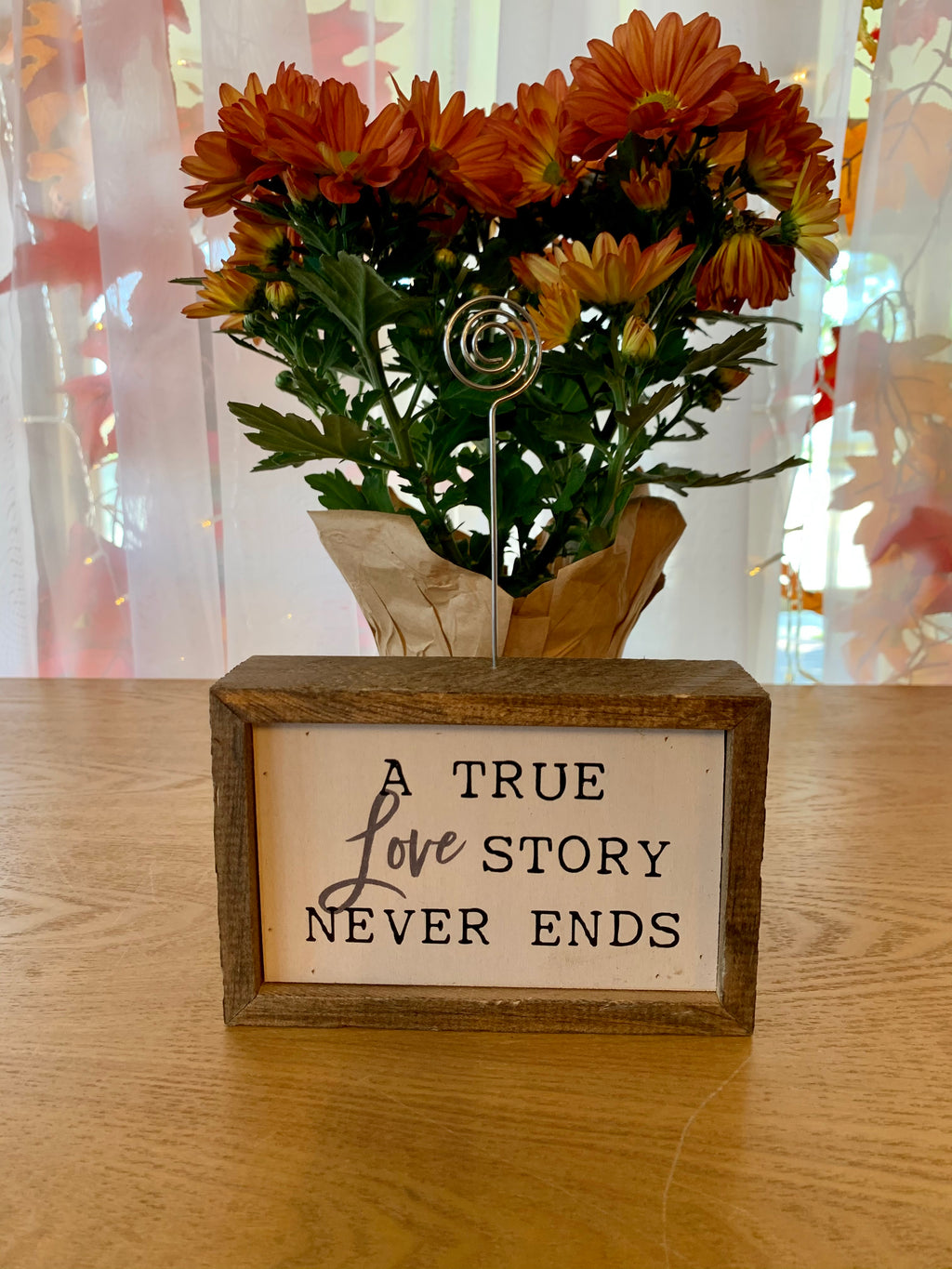 A TRUE LOVE STORY NEVER ENDS -6X4 TABLETOP PICTURE FRAME
