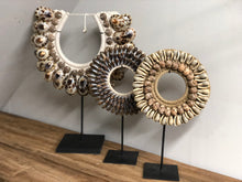 Afbeelding in Gallery-weergave laden, Ornament schelp Brown