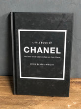 Afbeelding in Gallery-weergave laden, Coffeetable book Chanel