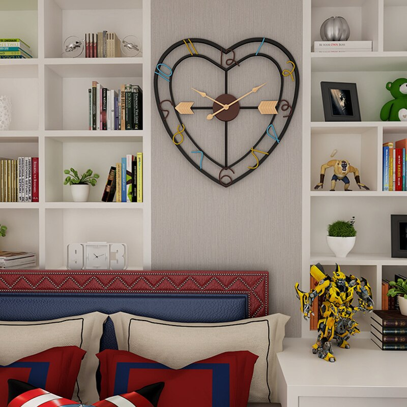 """Bisou"" Heart-shaped Wall Clock"