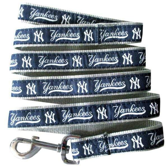 Pets First Dog-products MLB Medium New York Yankees Pet Leash By Pets First