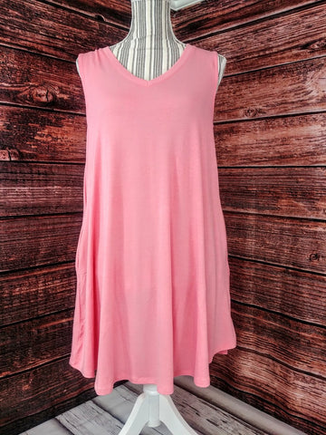 V-Neck Sleeveless Tunic w/ Pockets (Rose)