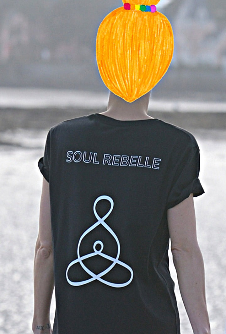 Unisex organic cotton t-shirt SOUL REBELLE - FAMILY CONNECTED 🇫🇷
