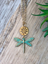 Load image into Gallery viewer, Dragonfly Flower Necklace