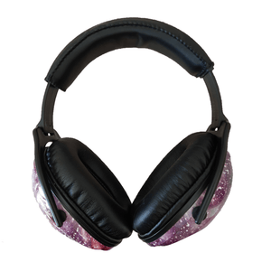 casque anti bruit fille galaxie vue de face