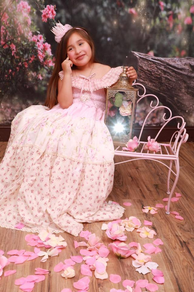 Katebackdrop£ºKate Garden with log bench fairy lights spring Backdrop for Photography Designed by Pine Park Collection