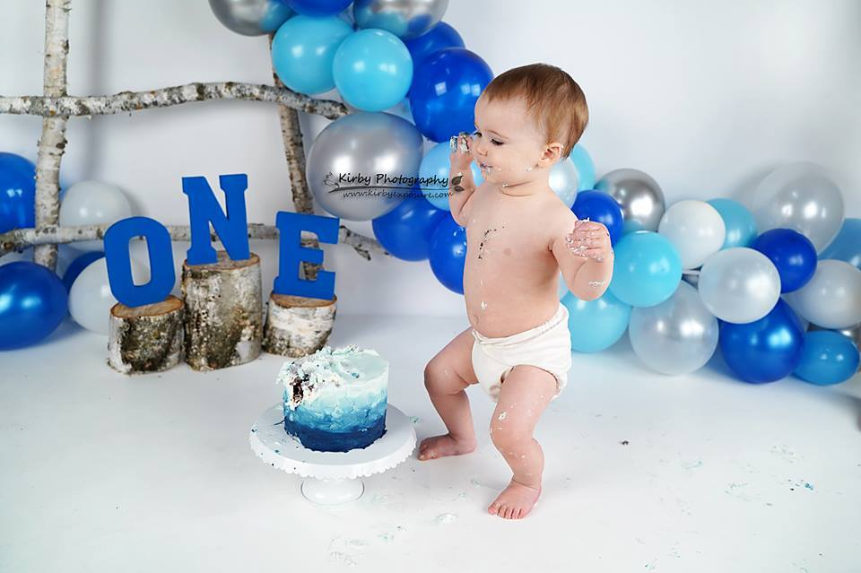 Katebackdrop£ºKate Birchy Blue Balloons First Birthday Backdrop Designed by Arica Kirby
