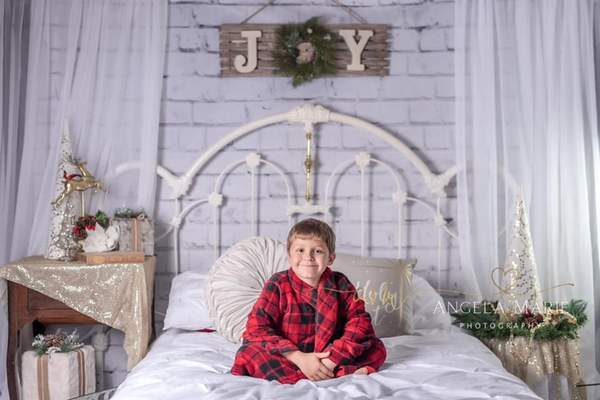 Katebackdrop:Kate Christmas Headboard Mattress Backdrop Designed By Angela Marie Photography