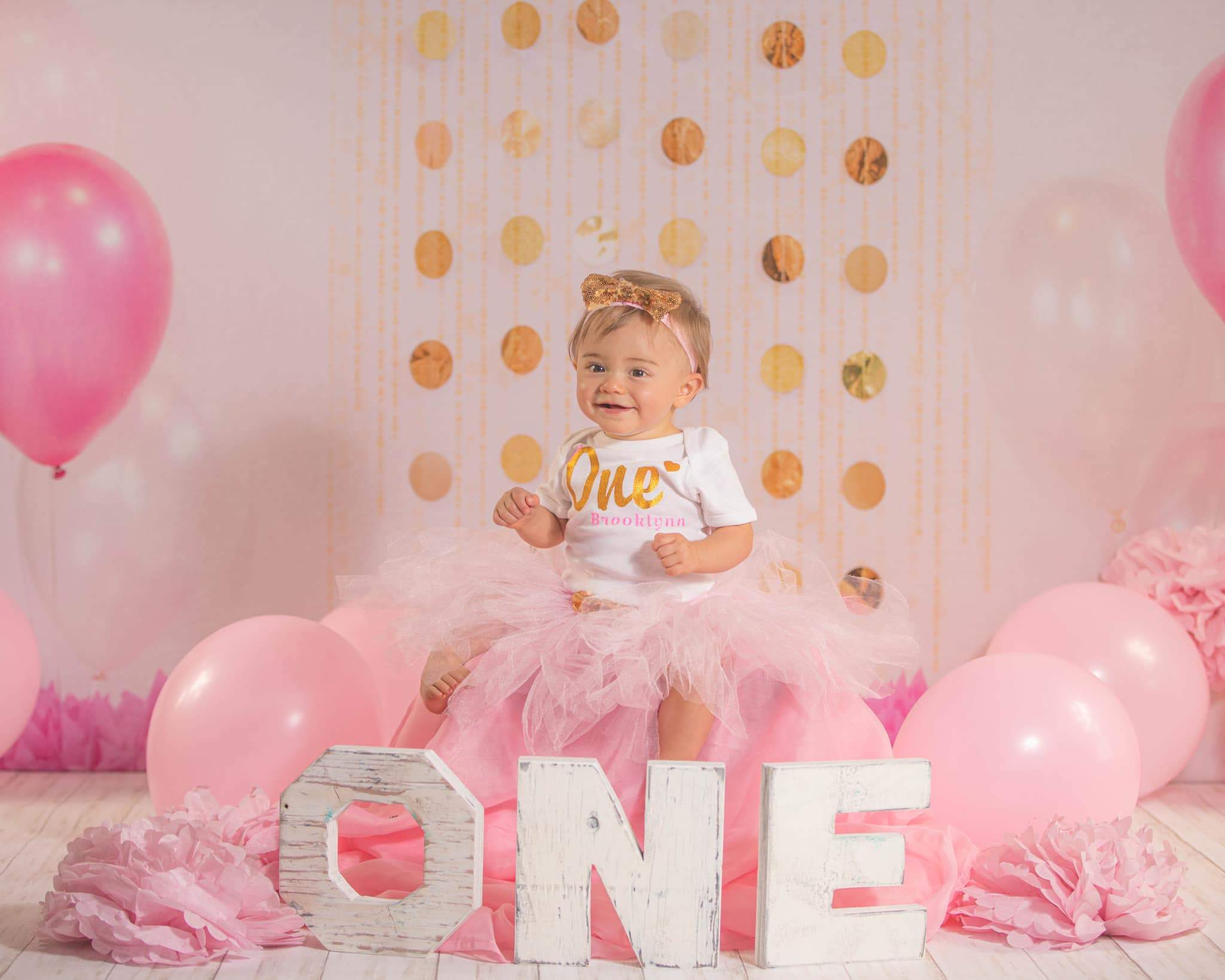 Cargar imagen en el visor de la galería, Katebackdrop:Kate Cake Smash with Balloons Pink Birthday Backdrop Designed By Jessica Evangeline photography
