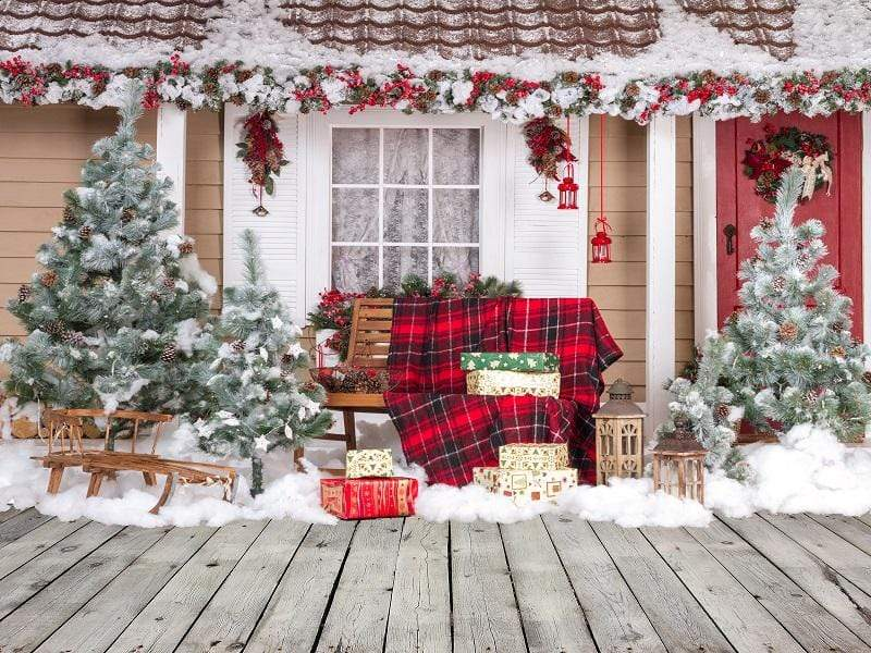 Katebackdrop£ºKate Snow Outside House With Christmas Trees And Gifts for Photography