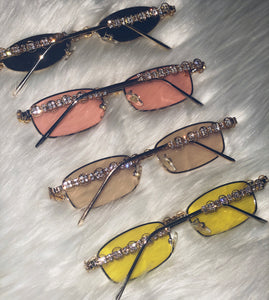 90's Vibe Diamond Sunnies