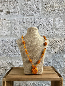 Fulani collier orange Adama Paris
