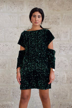 Load image into Gallery viewer, Robe à sequins vert Adama Paris