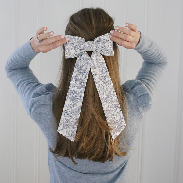 Elle Bow - Navy Bloom