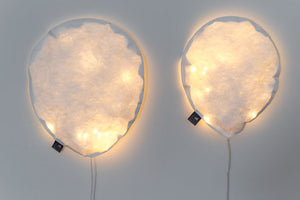 White Lighting Balloon S
