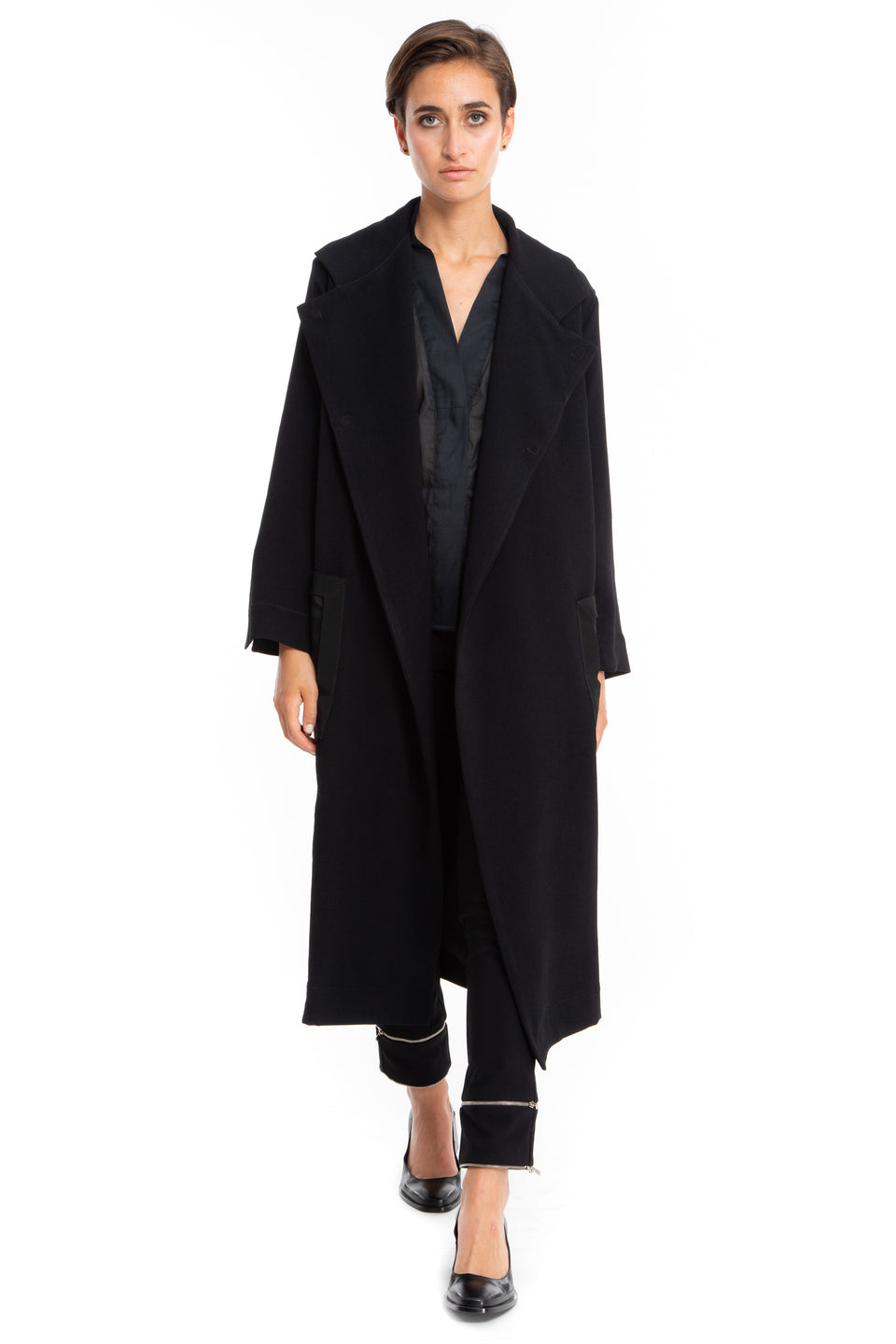 NINObrand Black Jacket/Duster with sheer pockets and magnetic closure