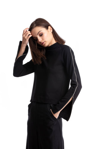 NINObrand Black cropped Top with skinny long sleeves with zippers