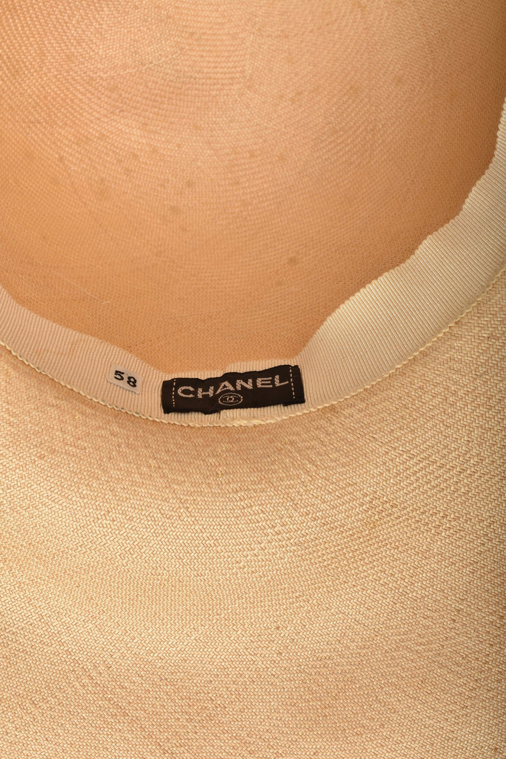 CHANEL 90s straw hat