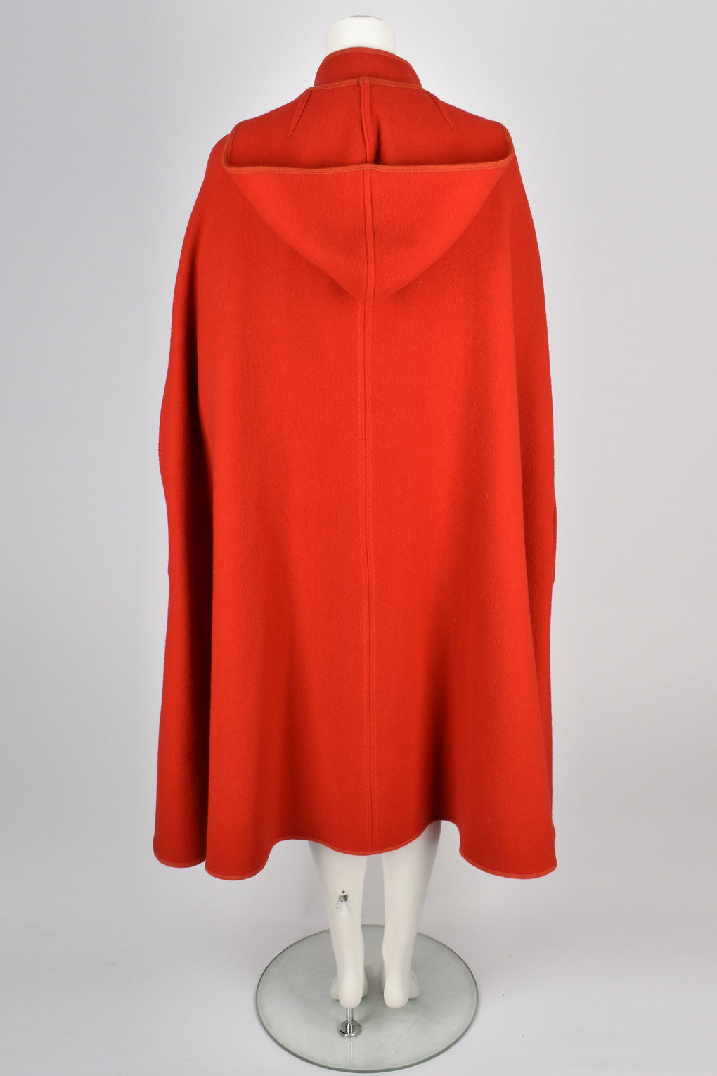 VINTAGE 70s red hooded cape S-M