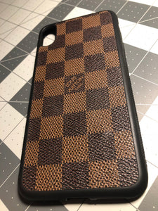 Any color Damier for any phone.