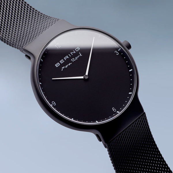 Bering Max René Matte Black Watch 40m