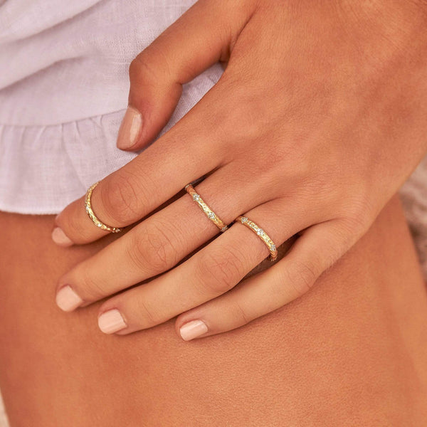 By Charlotte Gold Luminous ring