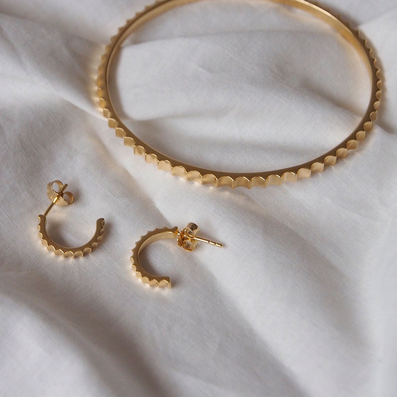 Murkani Fluted Hoops 18k Yellow Gold Plate
