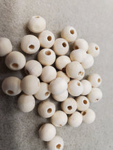 Load image into Gallery viewer, Wood Beads Natural
