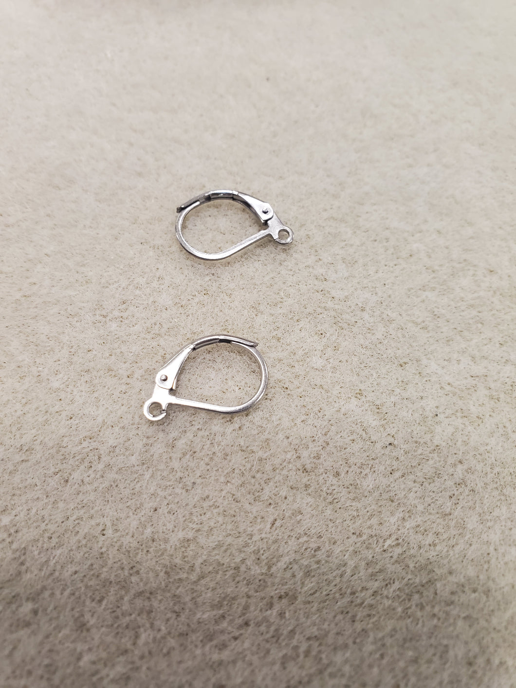 316 STAINLESS EARRING LEVERBACK