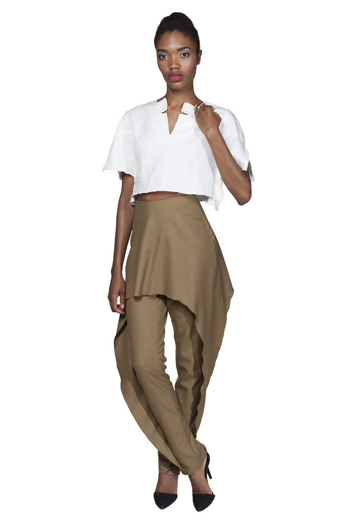 Camel wool dress pant with ruffle overlay