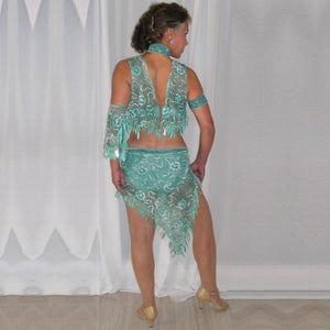 back view of aqua 2piece lace Latin dress