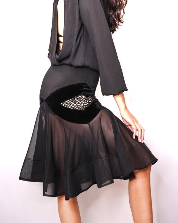 LACE FLARE SKIRT WITH FISHBONE DESIGN