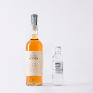 Oban 14 Scotch Whisky con Franklin & Sons Ltd Scottish Artesian Water