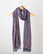 Load image into Gallery viewer, Navy with Dusty Pink Fleck Himalayan Scarf