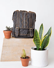 Load image into Gallery viewer, Multiway Village Leather Backpack