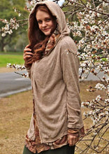 Load image into Gallery viewer, Arwen Hooded Jacket - Camel