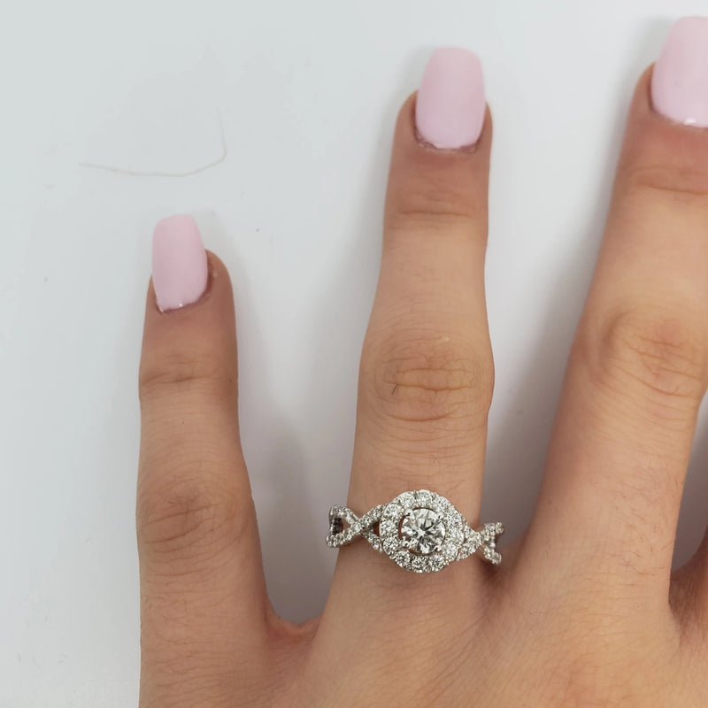 Bague Amour Infinie 0.75ct de diamants en or blanc 10k