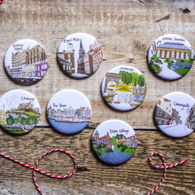 Load image into Gallery viewer, Edinburgh Castle Magnet - Victoria Rose Ball