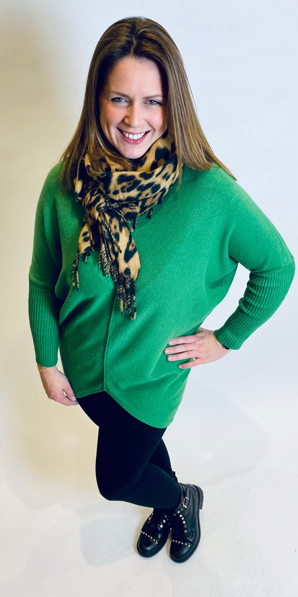 Hi Low V Rib Knit in Emerald