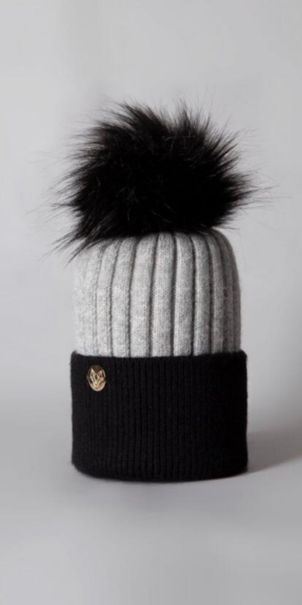 LUXY Faux Fur Cable Hat in Black & Grey