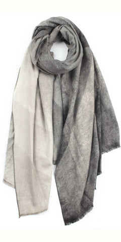 Gradient Scarf in Grey