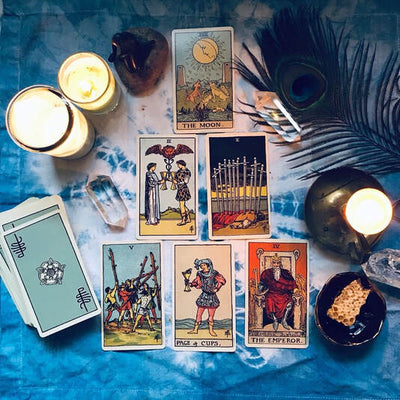PLEASURE PULL Tarot spread for the New Year + New Moon