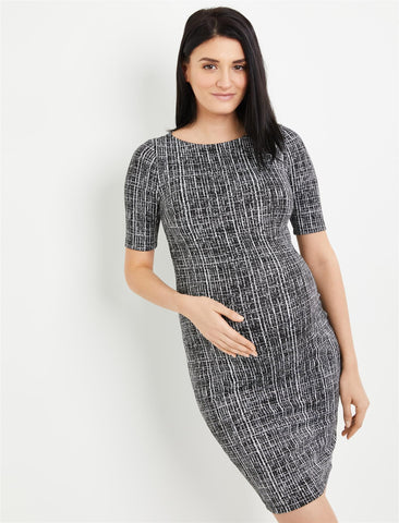 Textured Bodycon Maternity Dress in Black/White Print