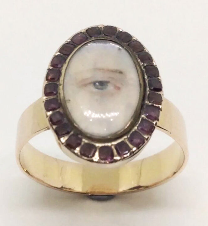 Lover's eye ring via https://www.ebay.co.uk/usr/krisbucki