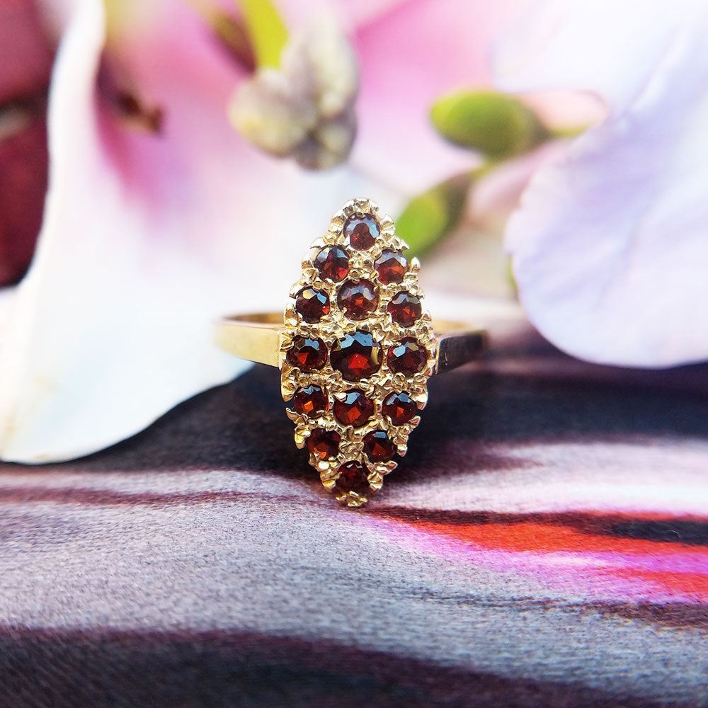 vintage navette ring in gold