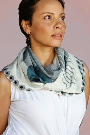 The Crescent Scarf